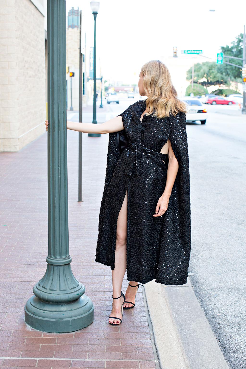 Stuart Weitzman, Saks, cape, vintage, high fashion, blogger, Ft Worth, TX, CA, InvestmentPiece