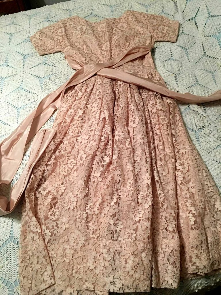 Investment Piece: Trend to Try: Vintage Dress Giveway