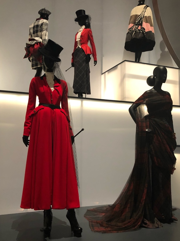 Investment Piece: Fashion STories Dior